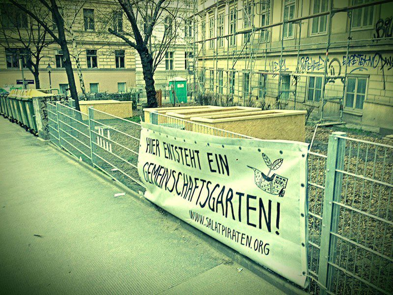 2013-04_zaun-und-hochbeete-kirchengasse